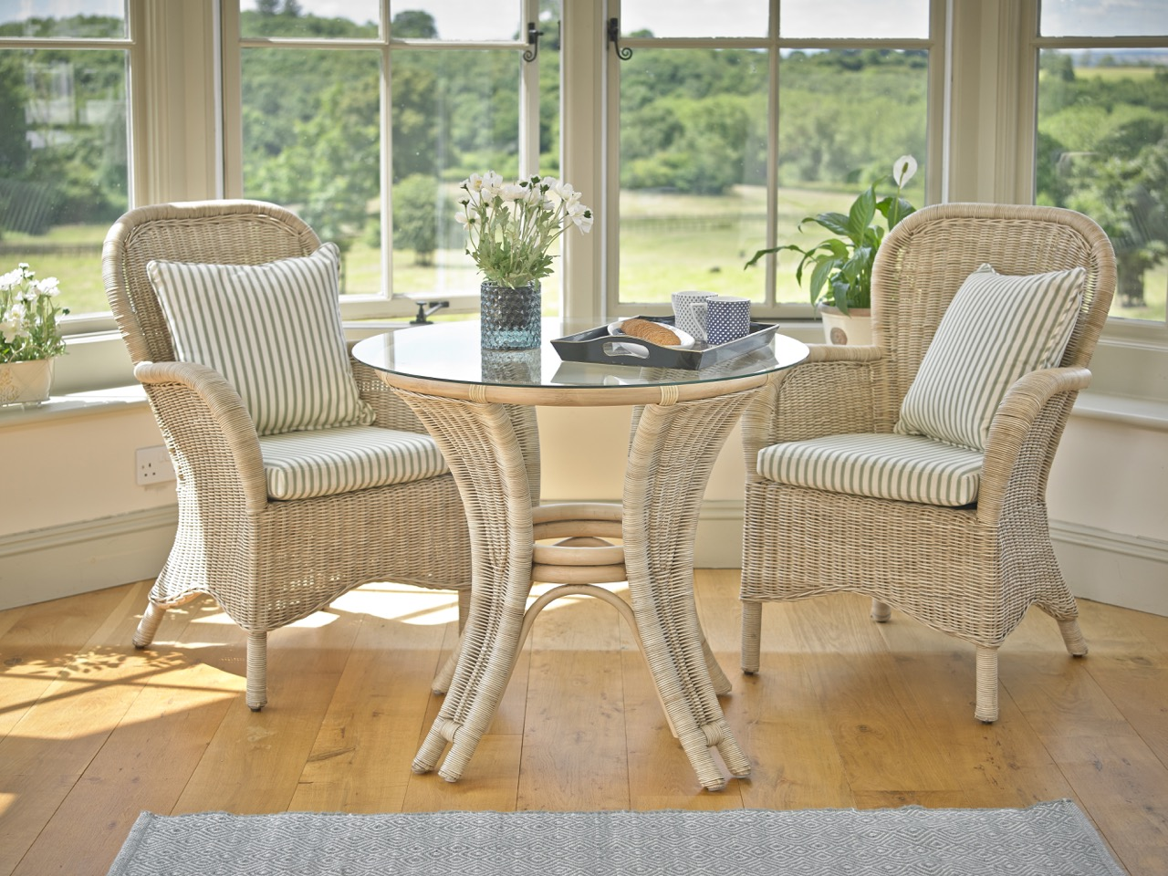 Small & Lightweight Tables & Chairs - Small Conservatory Ideas for 2020