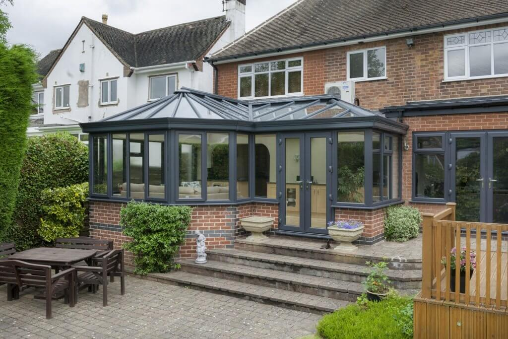 Modern T-Shaped & P-Shaped Conservatories