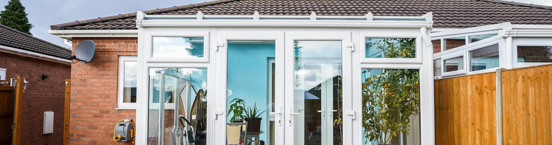 How to choose the best conservatory company near you?